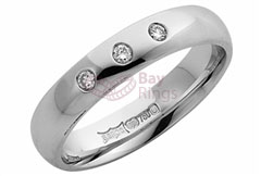 4 mm Platinum Medium Polished   Three Diamonds Wedding Ring