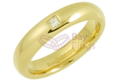 18ct Yellow Gold 0.05ct Princess Cut Diamond Wedding Rings